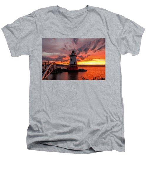 Burn On The Hudson Men's V-Neck T-Shirt