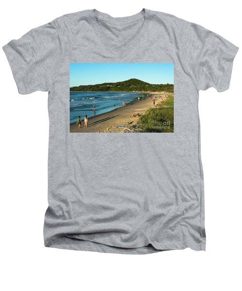 Byron Bay Main Beach Men's V-Neck T-Shirt