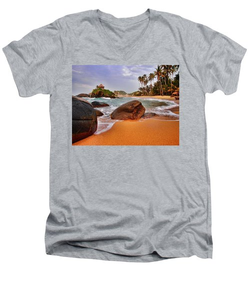 Cabo San Juan Men's V-Neck T-Shirt