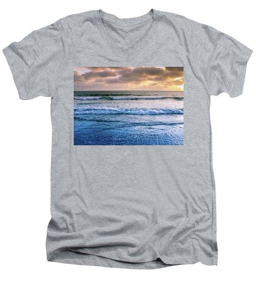 Calming Men's V-Neck T-Shirt