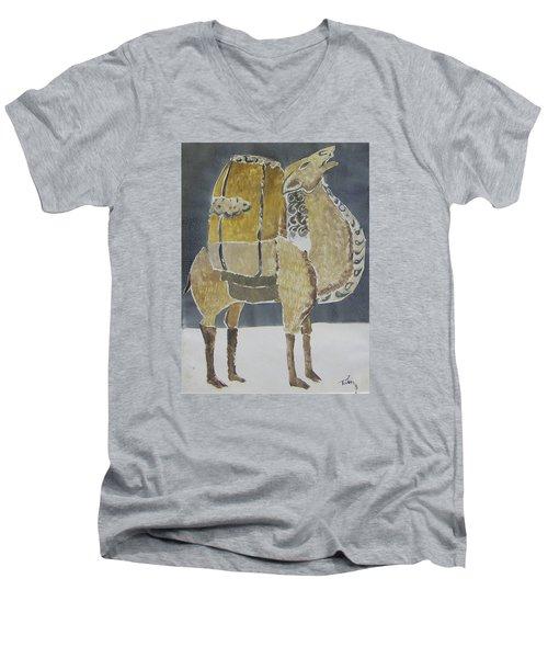 Camel Facing Right Men's V-Neck T-Shirt