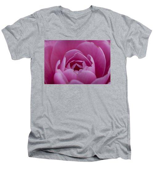 Camellia Close-up Men's V-Neck T-Shirt
