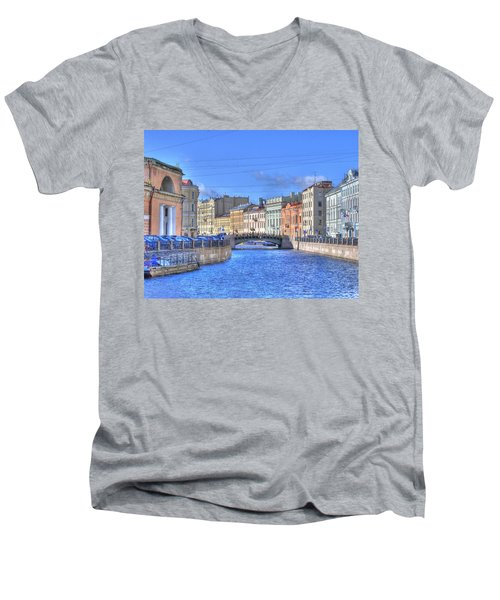 Canal In St. Petersburgh Russia Men's V-Neck T-Shirt