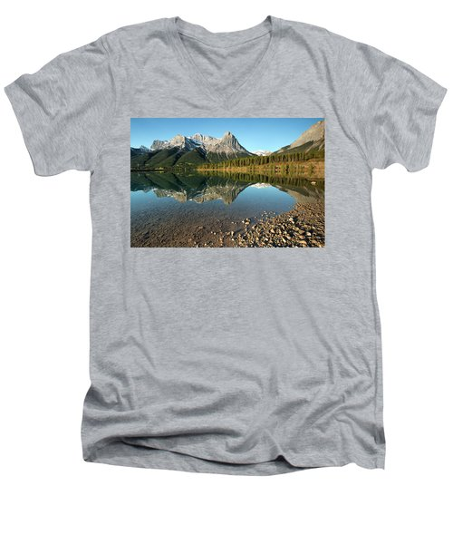 Canmore Reflections Men's V-Neck T-Shirt