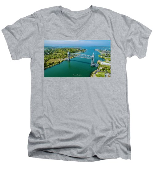 Cape Cod Canal Railroad Men's V-Neck T-Shirt