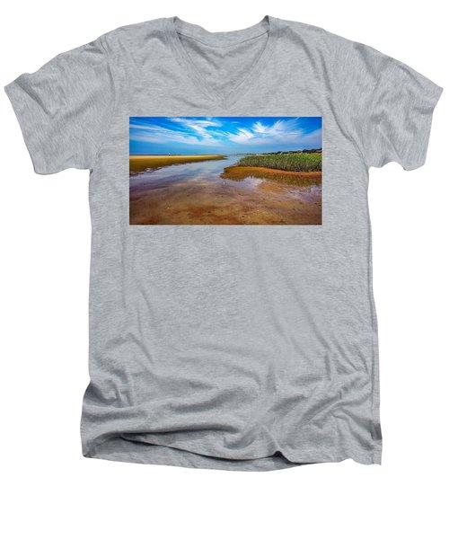 Cape Perspective Men's V-Neck T-Shirt