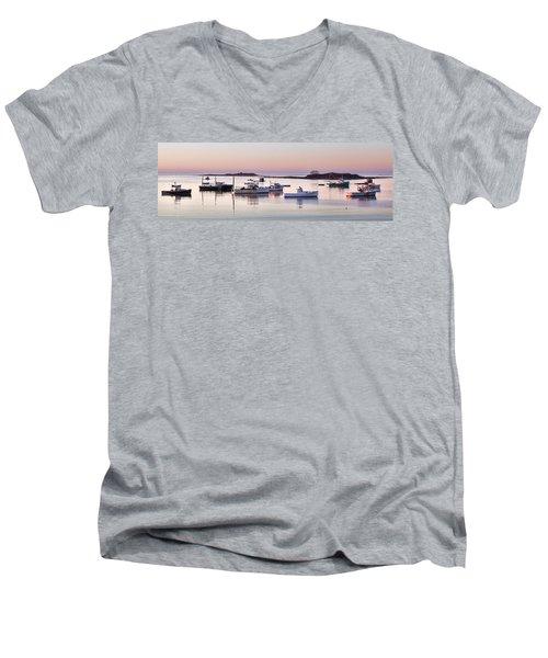 Cape Porpoise Harbor Panorama Men's V-Neck T-Shirt