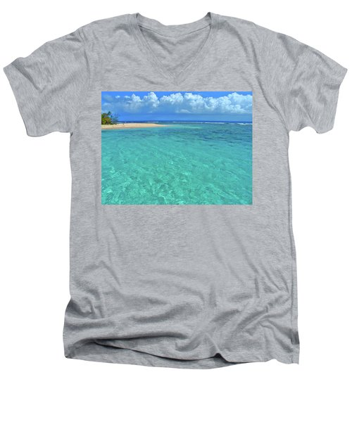 Caribbean Water Men's V-Neck T-Shirt