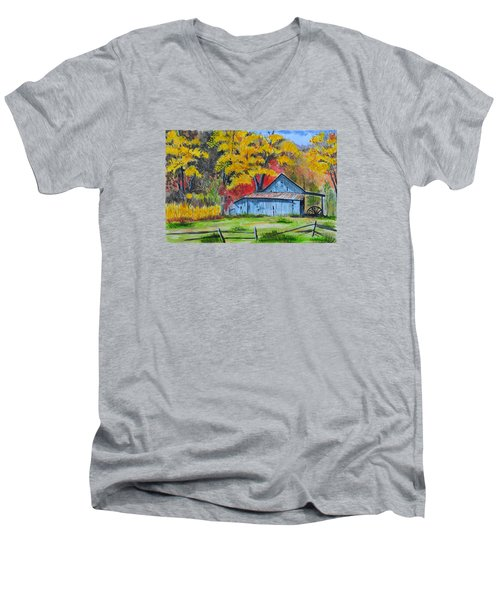 Carolina Barn Men's V-Neck T-Shirt
