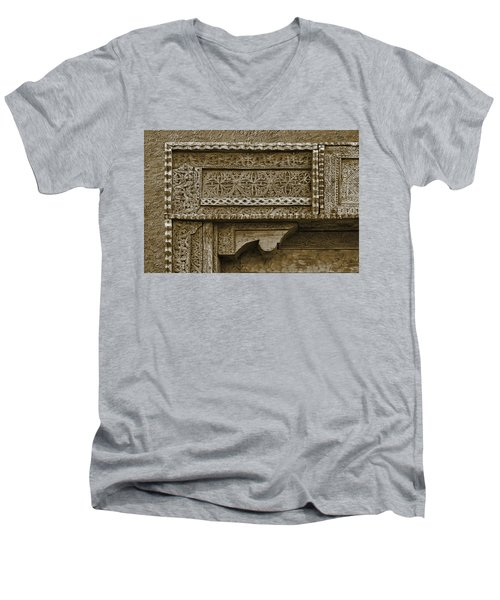 Men's V-Neck T-Shirt featuring the photograph Carving - 3 by Nikolyn McDonald