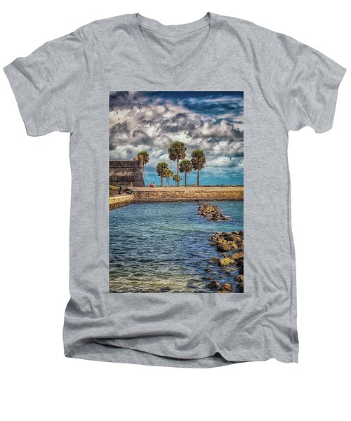 Castillo De La Paz Men's V-Neck T-Shirt