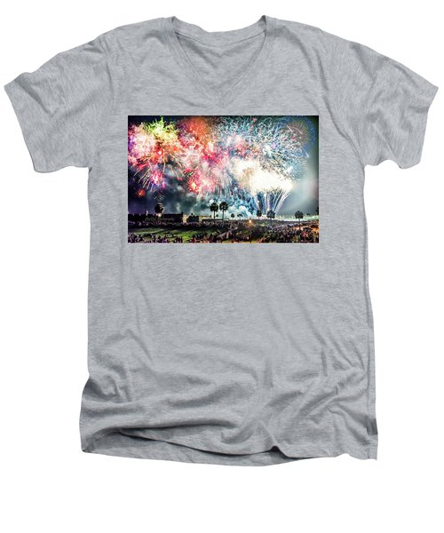4th Finale Men's V-Neck T-Shirt