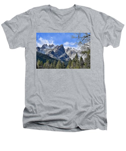 Castle Crags Men's V-Neck T-Shirt