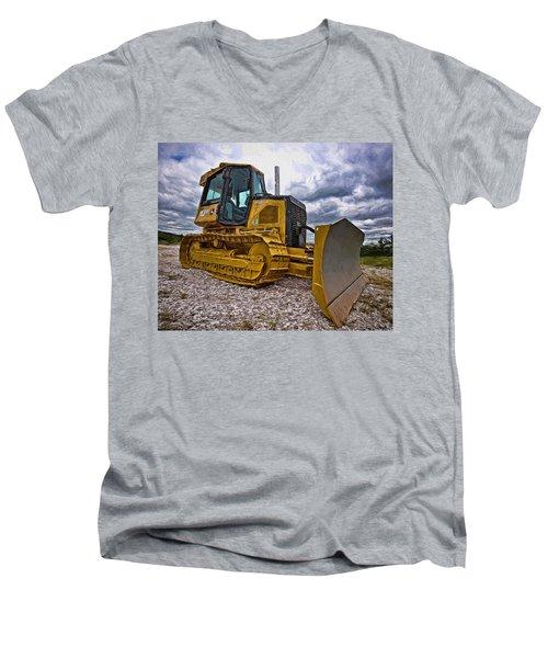 Caterpillar 650j Men's V-Neck T-Shirt