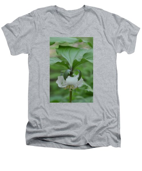 Men's V-Neck T-Shirt featuring the photograph Catesby Trillium by Linda Geiger