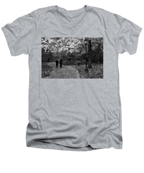 Cathedral Park In Fall Bw Men's V-Neck T-Shirt
