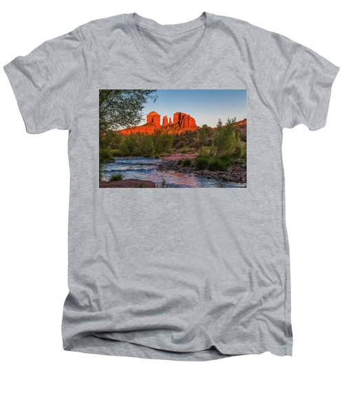 Cathedral Rock At Red Rock Crossing Men's V-Neck T-Shirt
