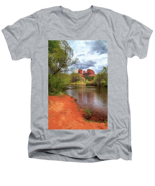 Men's V-Neck T-Shirt featuring the photograph Cathedral Rock From Oak Creek by James Eddy