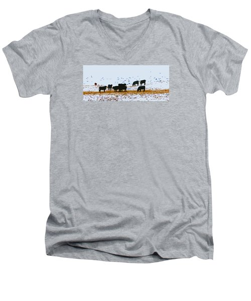 Cattle And Birds Men's V-Neck T-Shirt