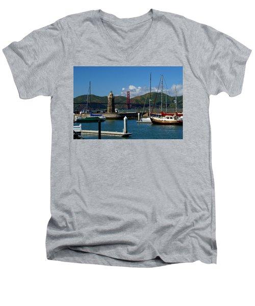 Center Piece Men's V-Neck T-Shirt