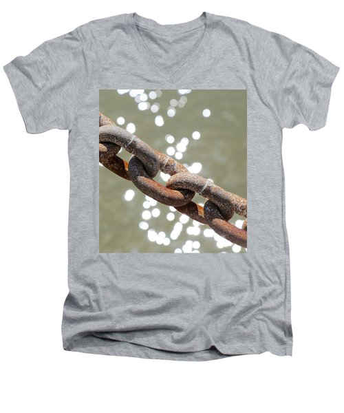Chains Men's V-Neck T-Shirt