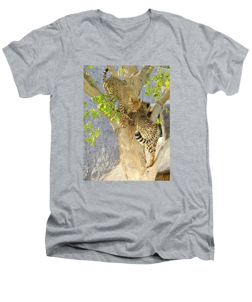 Cheetah Traffic Jam Men's V-Neck T-Shirt