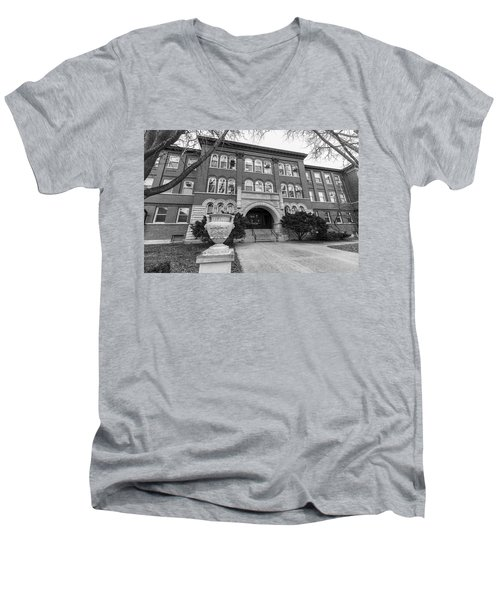 Chemistry Building University Of Illinois  Men's V-Neck T-Shirt