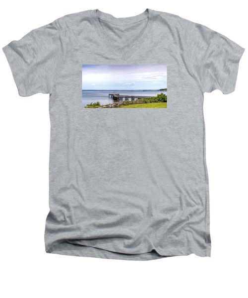Chesapeake Bay Maryland Panorama Men's V-Neck T-Shirt
