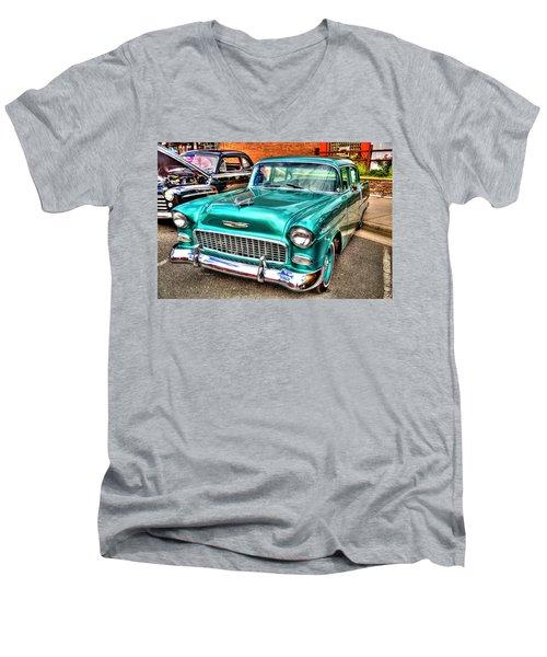 Chevy Cruising 55 Men's V-Neck T-Shirt