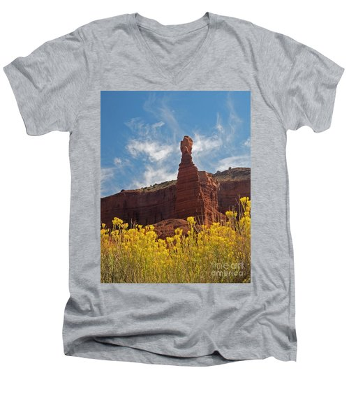 Chimney Rock Capital Reef Men's V-Neck T-Shirt