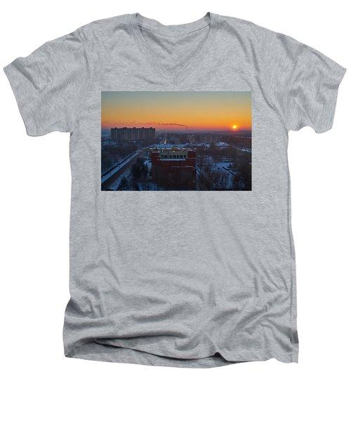 Choo Choo Men's V-Neck T-Shirt