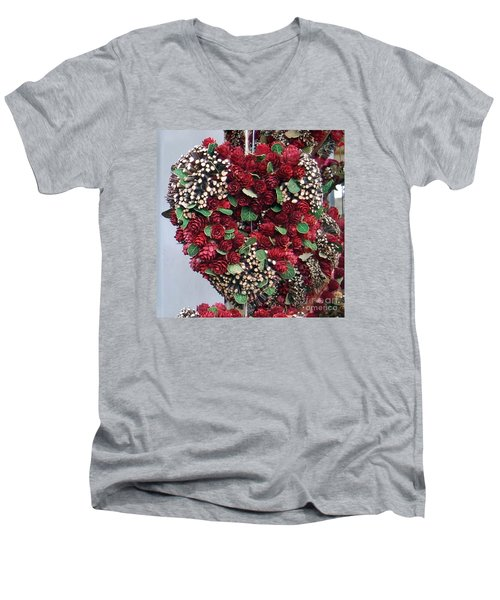 Christmas Heart Men's V-Neck T-Shirt