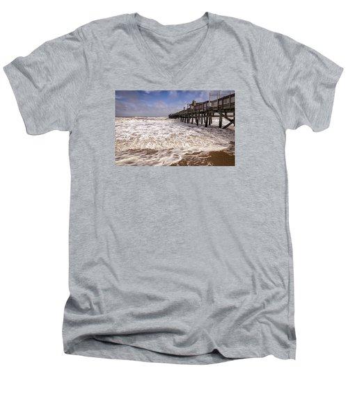 Churn Men's V-Neck T-Shirt