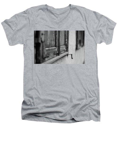 City Window Men's V-Neck T-Shirt