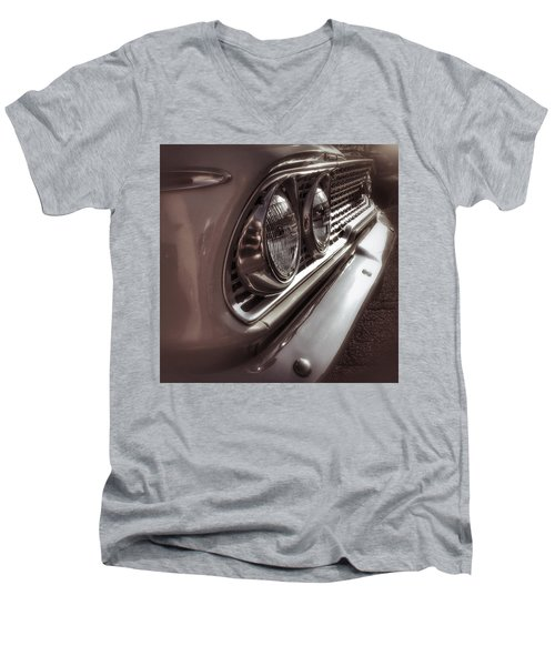 Classic Car 5 Men's V-Neck T-Shirt