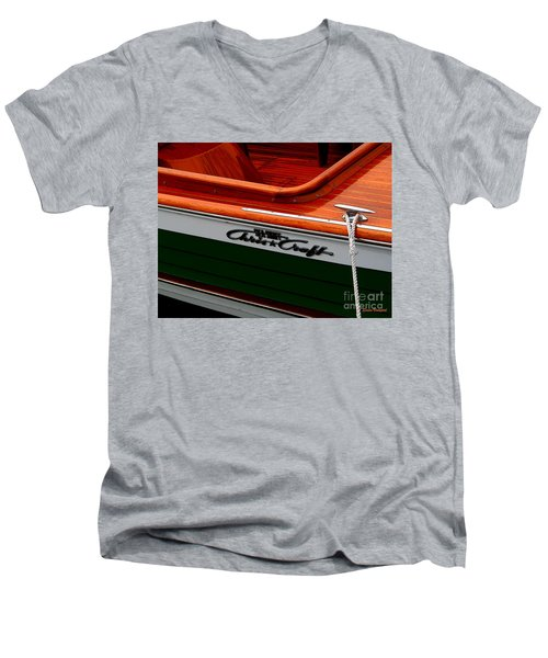 Classic Chris Craft Sea Skiff Men's V-Neck T-Shirt