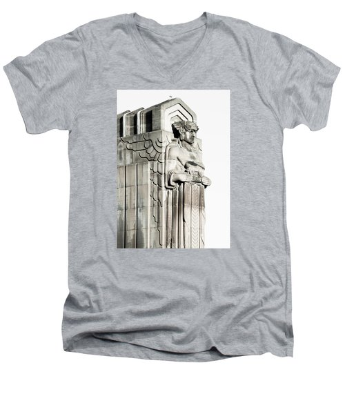 Cleveland Icon Men's V-Neck T-Shirt