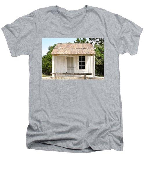 Men's V-Neck T-Shirt featuring the photograph Clint's Cabin - Texas - Close-up by Ray Shrewsberry