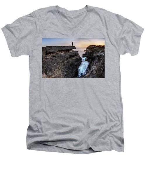 Close To Nature Men's V-Neck T-Shirt
