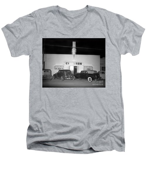 Club 526  Henry Franci, Salinas 1941 Men's V-Neck T-Shirt