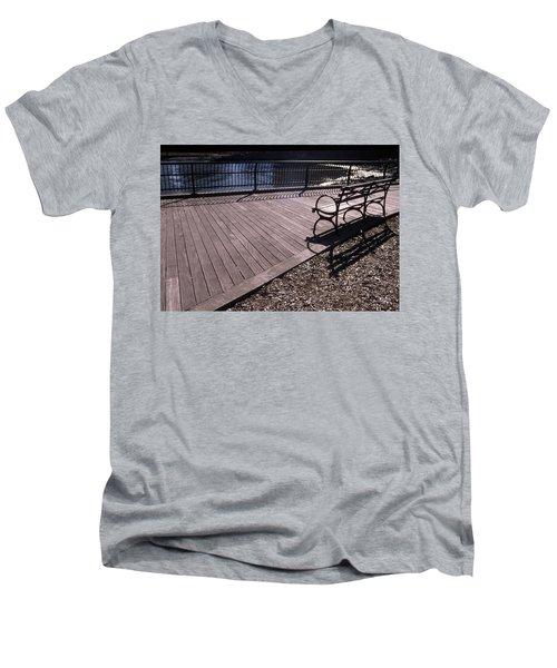 Cnrg0404 Men's V-Neck T-Shirt