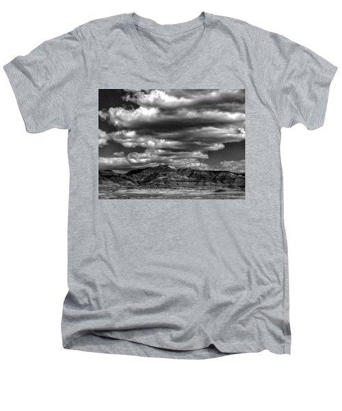 Coal Canyon Men's V-Neck T-Shirt