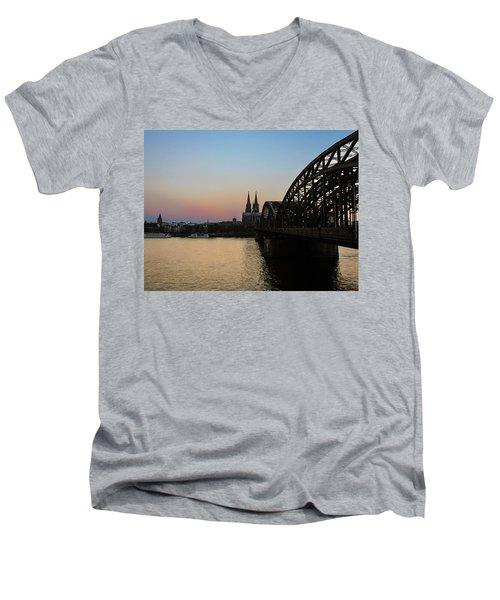 Cologne - Germany Men's V-Neck T-Shirt