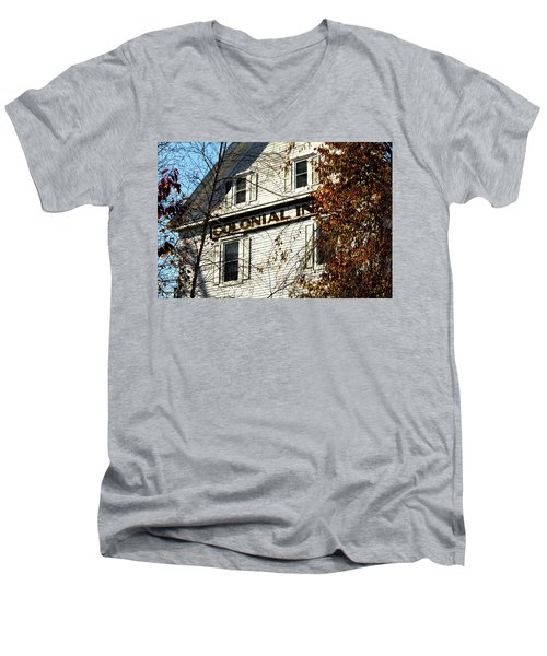 Colonial Inn Men's V-Neck T-Shirt
