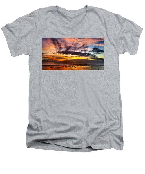 Color Burst Malibu Sunset Men's V-Neck T-Shirt