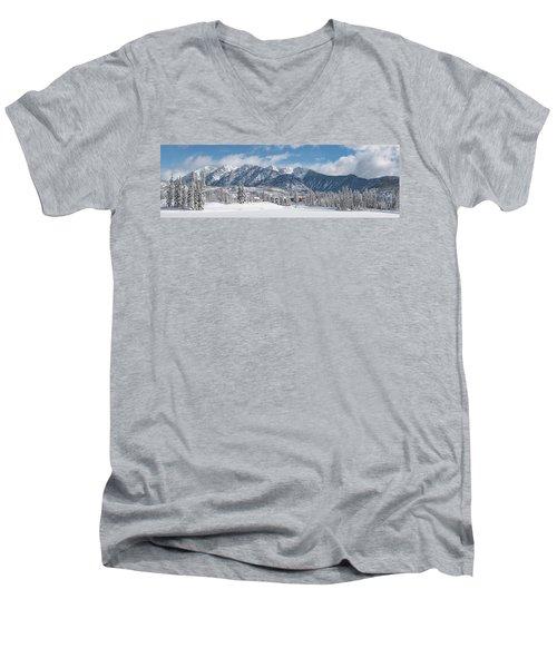 Colorad Winter Wonderland Men's V-Neck T-Shirt