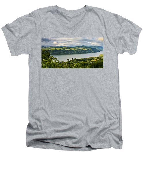 Columbia Gorge Scenic Area Men's V-Neck T-Shirt