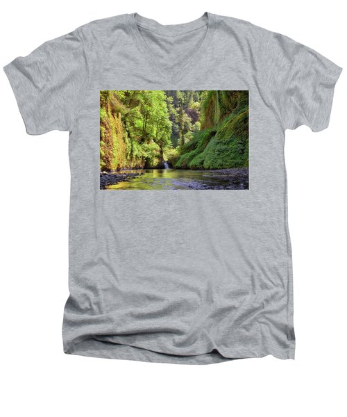 Columbia Gorge Waterfall In Summer Men's V-Neck T-Shirt