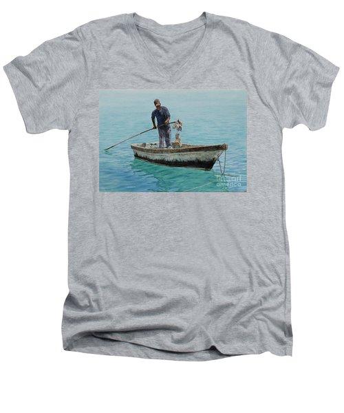 Conch Pearl Men's V-Neck T-Shirt