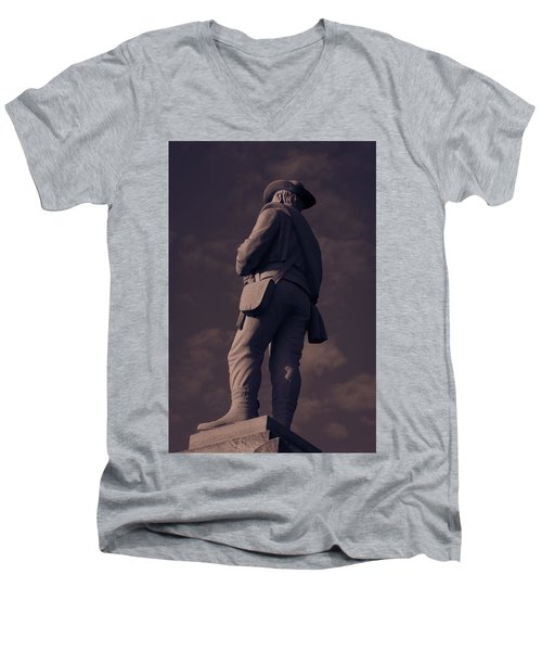 Confederate Statue Men's V-Neck T-Shirt
